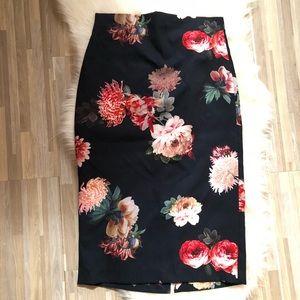 🍃🌸Zara Floral Midi Skirt